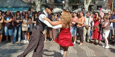 уличные танцы в испании
