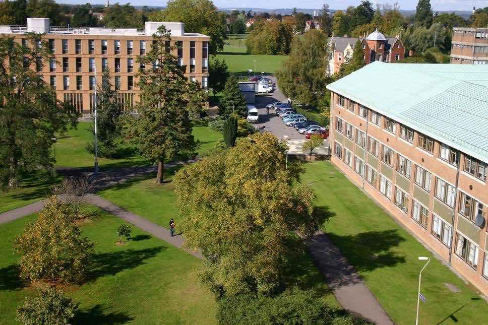 бизнес школа великобритания